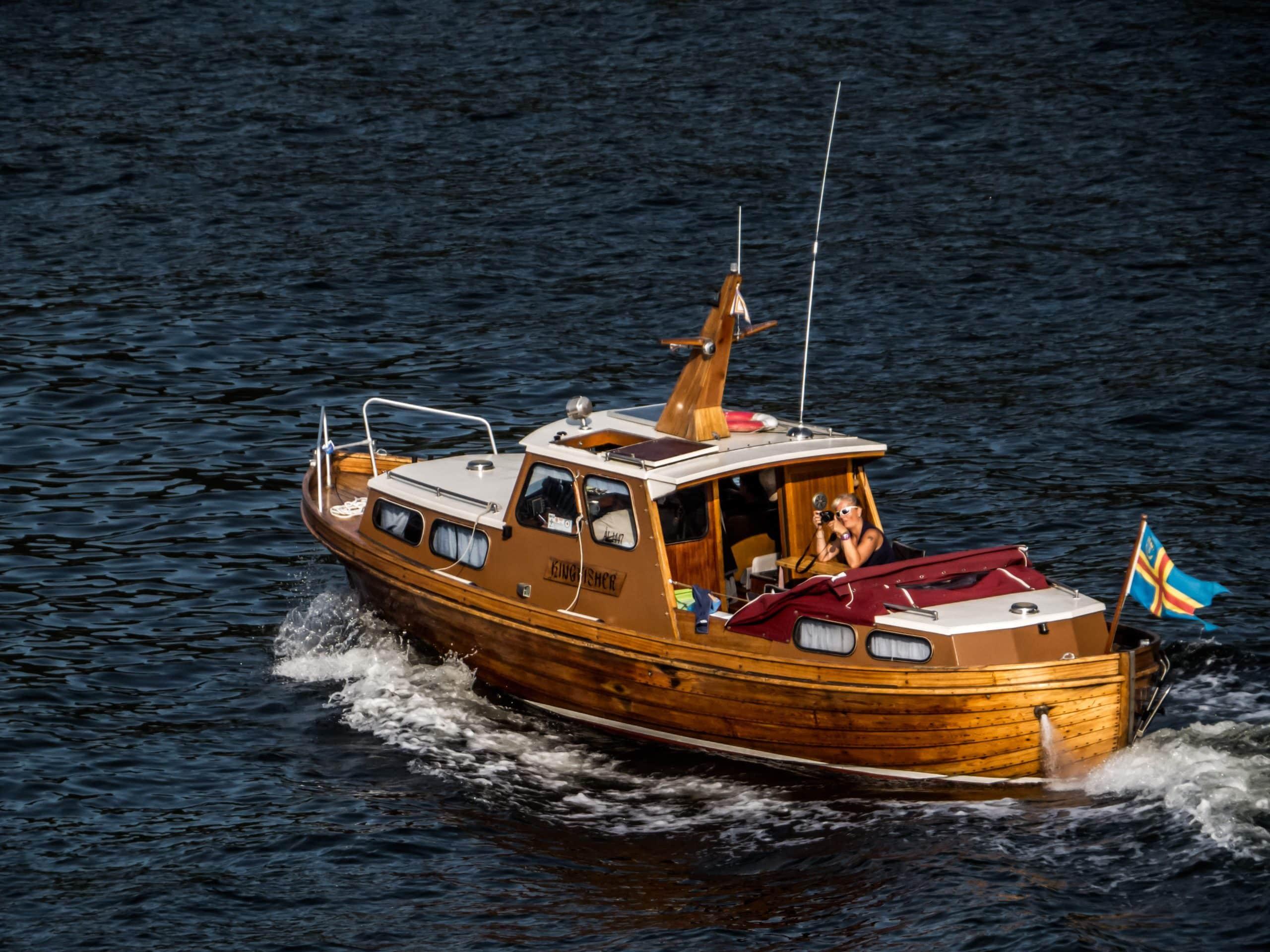 faut il un permis pour conduire un bateau de plaisance u games. Black Bedroom Furniture Sets. Home Design Ideas