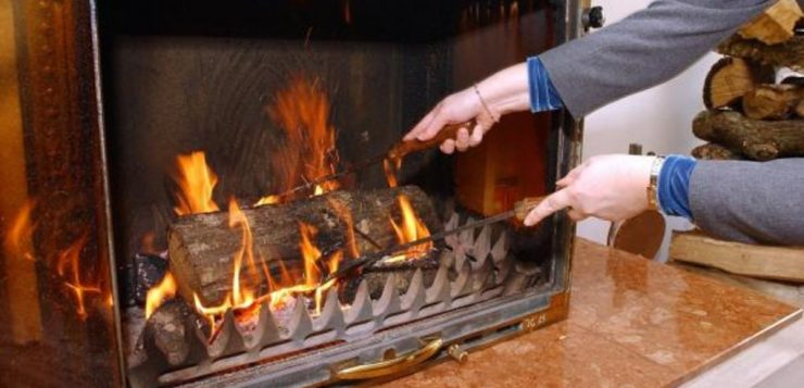 Pensez à ramoner votre cheminée avant l'hiver