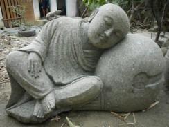 Conseils pour décorer votre extérieur avec des statues de jardin