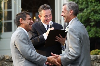 Rencontre homosexuel : de la controverse à l'acceptation
