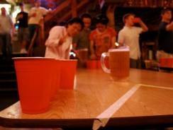 Réussir une fête entre amis avec les gobelets rouges américains