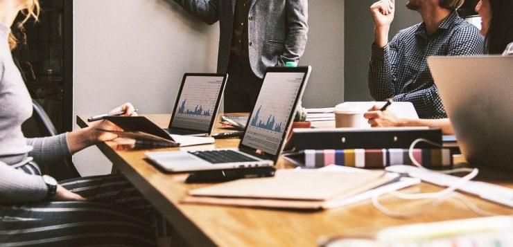 Construire des bureaux professionnels en container : à qui faut-il faire appel ?